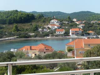 Pavica 1 - apartment for 4 with sea view and WiFi - Island Korcula vacation rentals