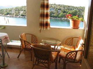 Apartment Artur 2 for 4 with seaview and AC - Grebastica vacation rentals