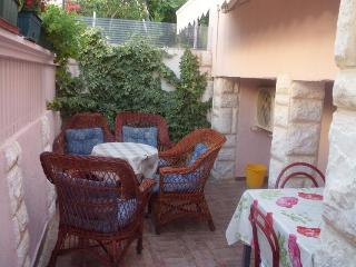 Apartment Artur 4 for by the sea with AC - Grebastica vacation rentals