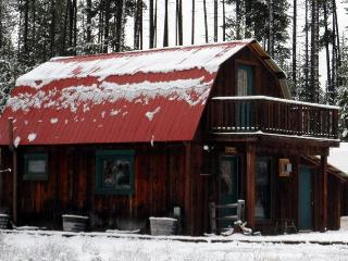 Deluxe Rustic Cabin / 3 private acres  Glacier Park - Coram vacation rentals