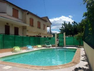 Sud France gîte en Cévennes à anduze 4/8 p, clim - Lezan vacation rentals