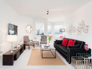 Herbert Samuel 3 Bedroom - Sea N' Rent - Tel Aviv vacation rentals