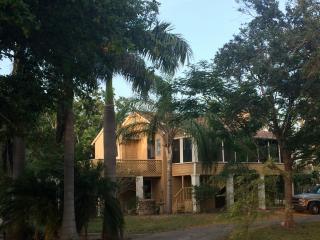 Laura's House - San Benito vacation rentals