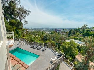 Sunset Plaza Villa with a breathtaking view - West Hollywood vacation rentals