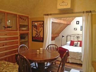 Nice Studio with Deck and Internet Access - Murphys vacation rentals