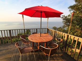 Waterfront Beach House - Long Island North Shore - Sound Beach vacation rentals