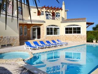 Perfect Villa with Internet Access and A/C - Lagos vacation rentals