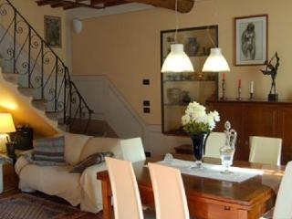 Lovely Farmhouse Barn with Internet Access and Microwave - San Giusto vacation rentals