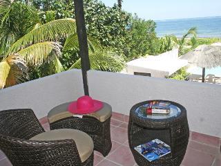 CASA DEL MAR  2 BR condo 2nd level All services ! - Puerto Morelos vacation rentals