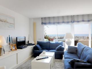 Harbor view apartment - Sitges vacation rentals