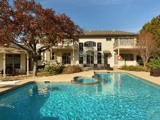 4BR/5BA Majestic Luxury Home with Panoramic Views of Lake Austin, Sleeps 14 - Austin vacation rentals