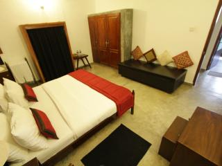 Spacious 2BR Central Colombo 26/2 Gower Street - Colombo vacation rentals