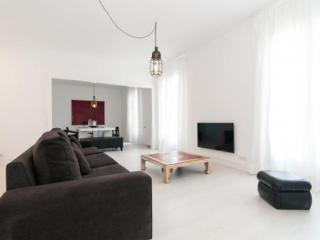 Incredible Apartment / Cathedral-City Center - Barcelona vacation rentals