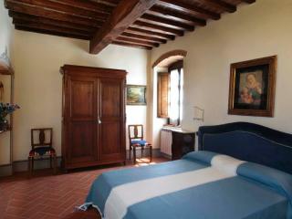 Relais Santa Margherita -  Girasole - Capolona vacation rentals