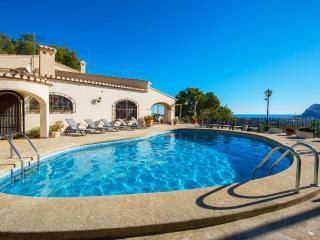 VILLA PINOSORO20: amazing villa with private pool - Calpe vacation rentals