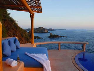 Casa Las Gemelas (Careyes MX) - Careyes vacation rentals