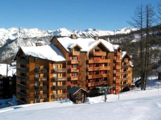 Ski flat 6 people in front of the ski slopes - Risoul vacation rentals