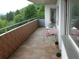 Charming Eppenhain vacation Condo with Dishwasher - Eppenhain vacation rentals