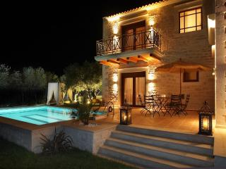 Villa Alea - Luxurious in a rural area, sea view! - Stavromenos vacation rentals