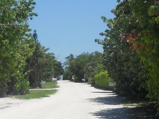Thanksgiving 2015 Available!  4 houses to beach! - Sanibel Island vacation rentals