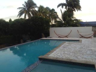 Amigunan Full Resort (1-11p) - Willemstad vacation rentals