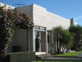 Comfortable 2 bedroom Condo in Invercargill - Invercargill vacation rentals