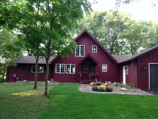 Liberty Bell Vacation Cottage on Prior Lake - Minneapolis vacation rentals