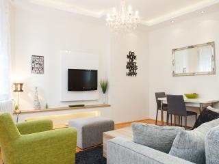 Klishe Zen, Hilandarska Street, CENTER - Belgrade vacation rentals