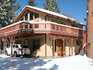 Spacious Cabin with Deck and Internet Access - Big Bear Lake vacation rentals
