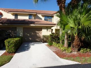 Perfect Townhouse with Internet Access and A/C - Wellington vacation rentals