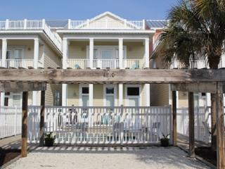 """""""Summer House"""" 3 Story, Sleeps 12 w/private pool. - Panama City Beach vacation rentals"""