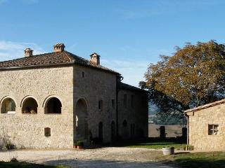 cielsereno - tuscan life in pristine nature - Radicondoli vacation rentals