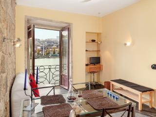 Go2oporto River Side - Porto vacation rentals