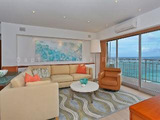 Luxurious Beachfront 2 Bedroom Condo - Sleeps 4 - Perfect for 2 Couples- - Waikiki vacation rentals