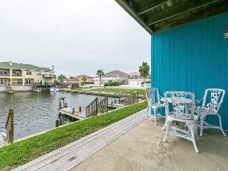 1BR Charming Channel Condo on North Padre Island with Boat Slip, Sleeps 4 - Corpus Christi vacation rentals