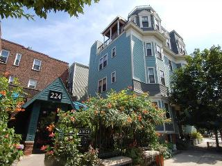Lovely penthouse in Central Boston close to all attractions and transport! - Boston vacation rentals