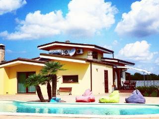 CR100salento - Villa Nereide - Puglia vacation rentals
