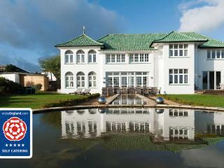 Marine Villa, The Art Deco House UK, Isle of Wight - Shanklin vacation rentals