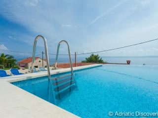Luxury villa with pool Sumartin - Sumartin vacation rentals