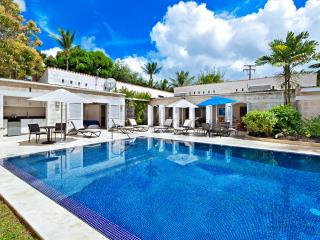 3bed family villa, pool, steps to Gibbs beach - Saint Lucy vacation rentals