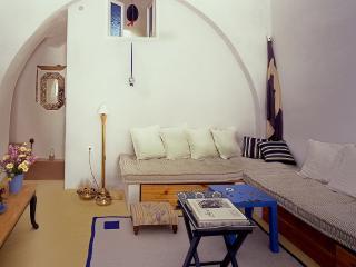 3 bedroom House with Internet Access in Emporio - Emporio vacation rentals