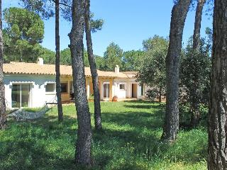 Villa surrounded by nature at 300m. from the beach - L'Escala vacation rentals