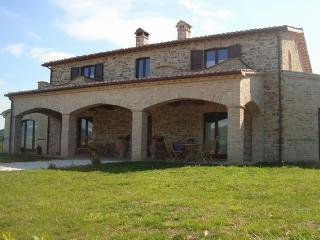 Perfect Villa with Internet Access and Dishwasher - Apiro vacation rentals