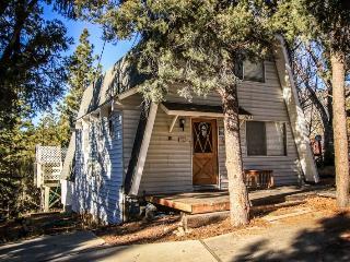 3 bedroom Cabin with Deck in Big Bear City - Big Bear City vacation rentals