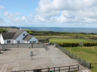 Seascape Lodge - Close to all the Causeway Coast attractions and golf courses - Bushmills vacation rentals