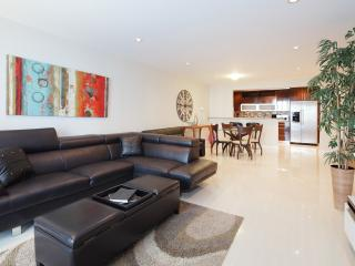 1BR Condo in Sunny Isles  ****Special $199/NIGHT** - Miami Beach vacation rentals