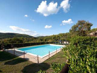 Country House Forte Sorgnano - Gualdo Cattaneo vacation rentals
