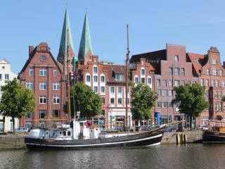 Apartment Traveblick am Museumshafen - Lübeck vacation rentals
