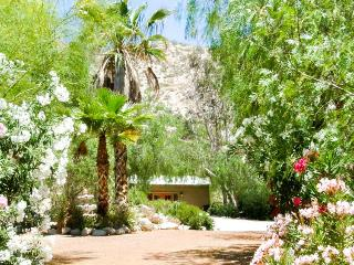 Garden Oasis - One bedroom - Morongo Valley vacation rentals