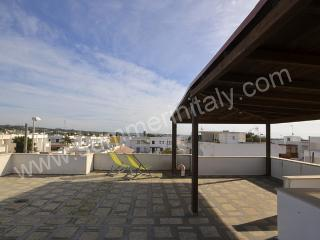 3 bedroom House with Deck in Torre Pali - Torre Pali vacation rentals